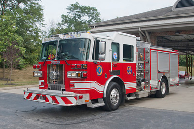 Washington Twp FD E-92 2009 Sutphen 1500-750 former E-91 a